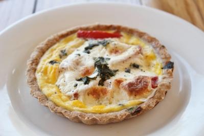 Quiche (tomato, mozzarella, basil)